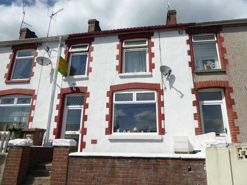 3 Bedrooms Terraced House for sale in Napier Street, Machen, Caerphilly