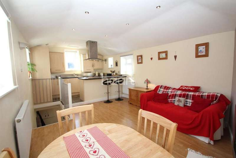 2 Bedrooms Cottage House for sale in Quinta Road, Babbacombe