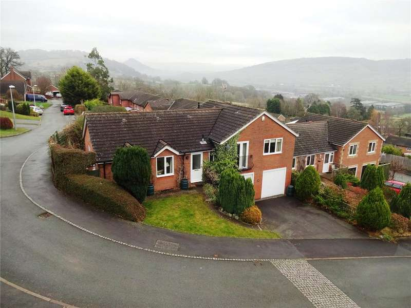 3 Bedrooms Detached Bungalow for sale in Gungrog Hill, Welshpool, Powys