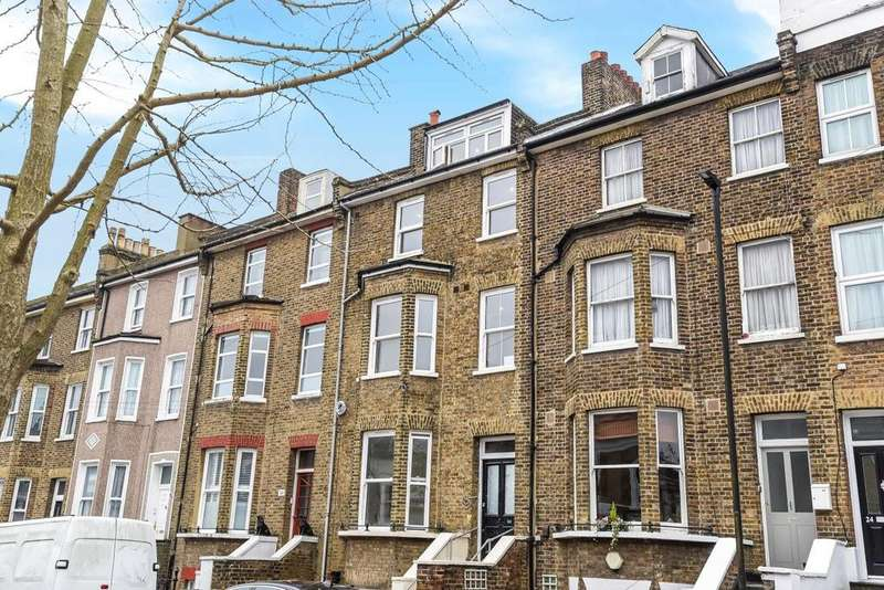 3 Bedrooms Flat for sale in Camden Hill Road, Crystal Palace, SE19