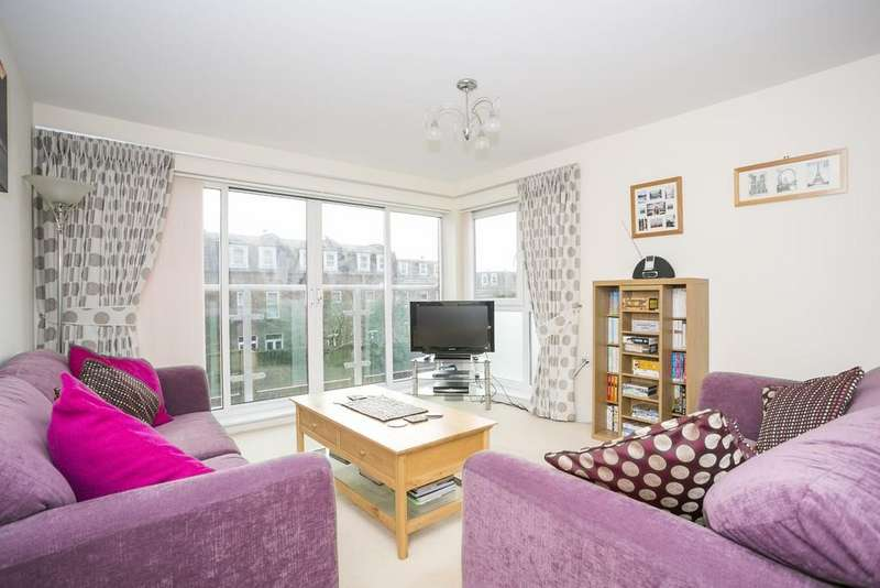 2 Bedrooms Apartment Flat for sale in St. Johns Close, Tunbridge Wells