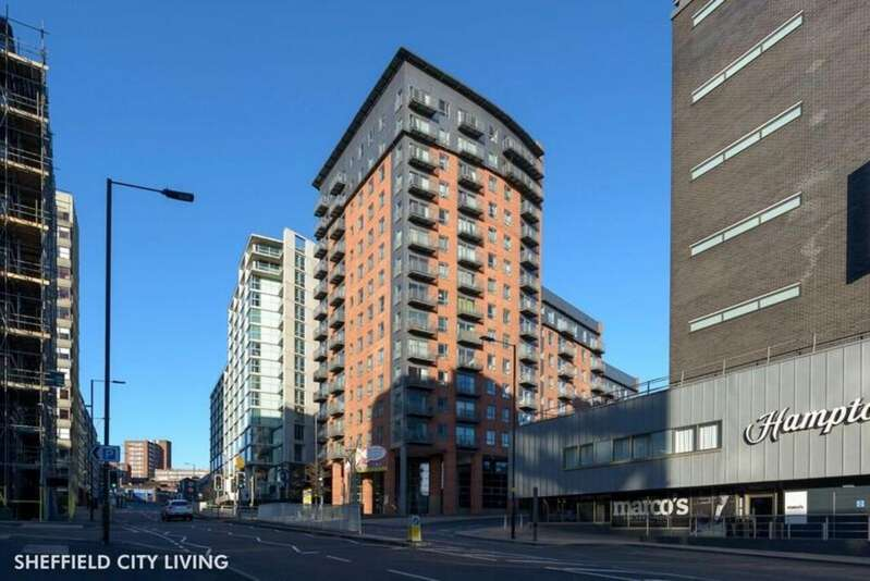 2 Bedrooms Flat for sale in Metis, Scotland Street, S3 7AQ