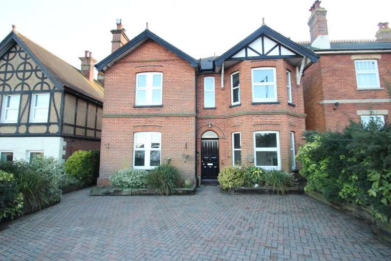 4 Bedrooms Detached House for sale in High Street, Wootton Bridge