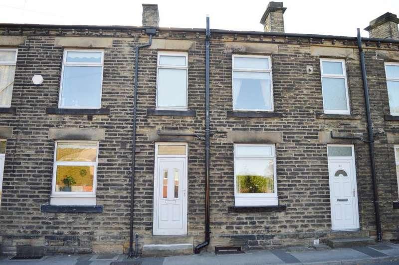 1 Bedroom Terraced House for sale in Church Street, Ossett, West Yorkshire