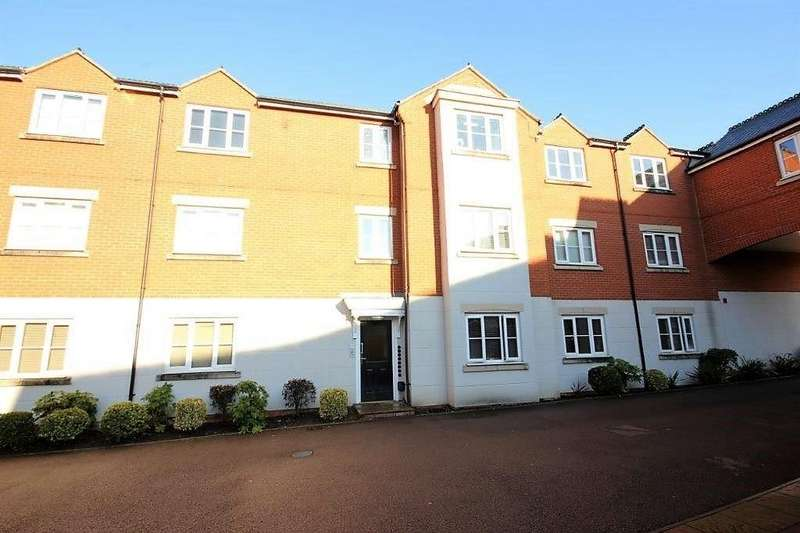 2 Bedrooms Apartment Flat for sale in Paget Close, Rothley