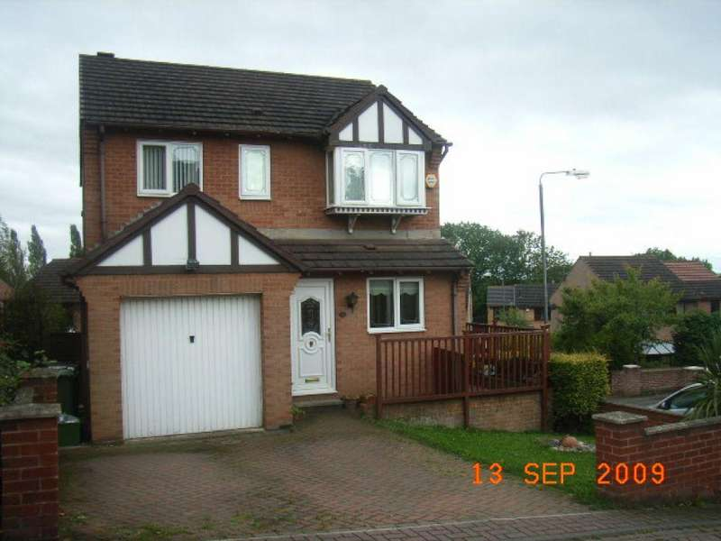 4 Bedrooms Detached House for sale in Richmond Road, Upton, Upton, Pontefract, 1HP