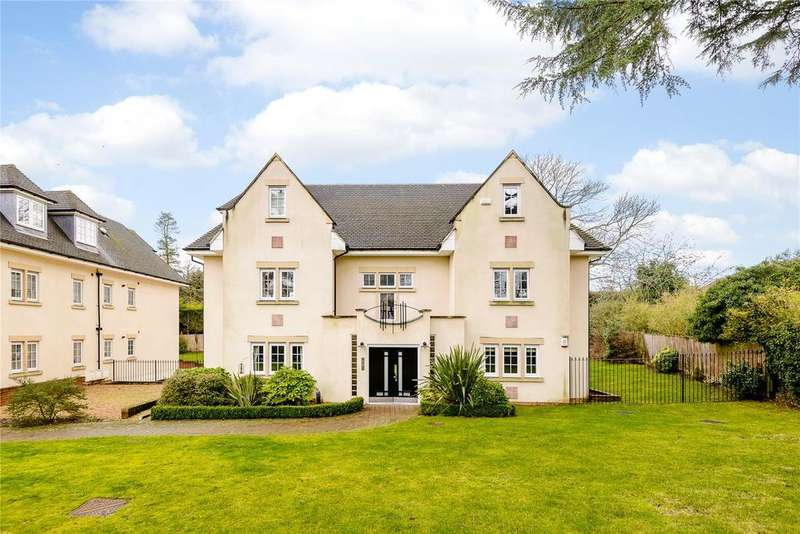 2 Bedrooms Flat for sale in Grosvenor Court, 103 Packhorse Road, Gerrards Cross, Buckinghamshire