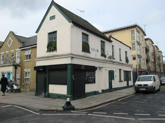 Shop Commercial for sale in Old Bethnal Green Road , Bethnal Green