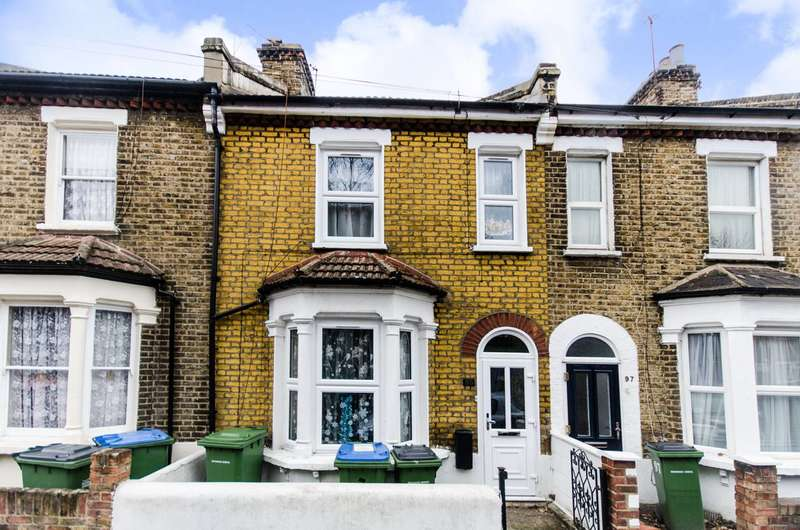 3 Bedrooms House for sale in Troughton Road, Charlton, SE7