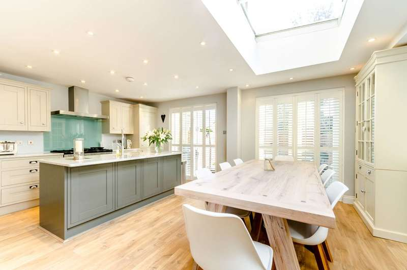 5 Bedrooms Semi Detached House for sale in Santos Road, East Putney, SW18