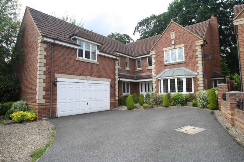 5 Bedrooms Detached House for sale in STONELEIGH CLOSE, ALWOODLEY, LEEDS, LS17 8FH