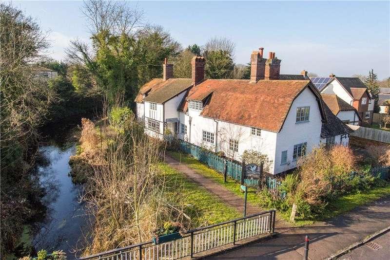 5 Bedrooms Unique Property for sale in Halton Village, Aylesbury, Buckinghamshire