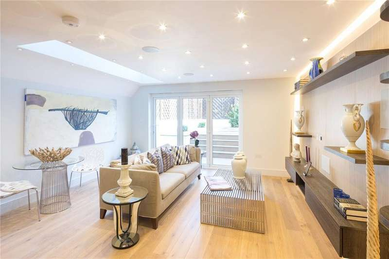 3 Bedrooms Flat for sale in Wandsworth Bridge Road, London, SW6