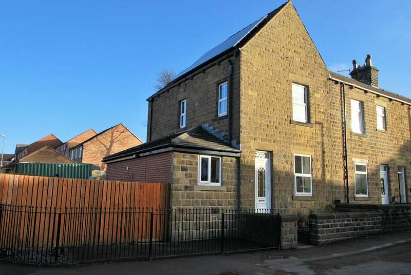 3 Bedrooms Town House for sale in Green Road, Penistone, Sheffield