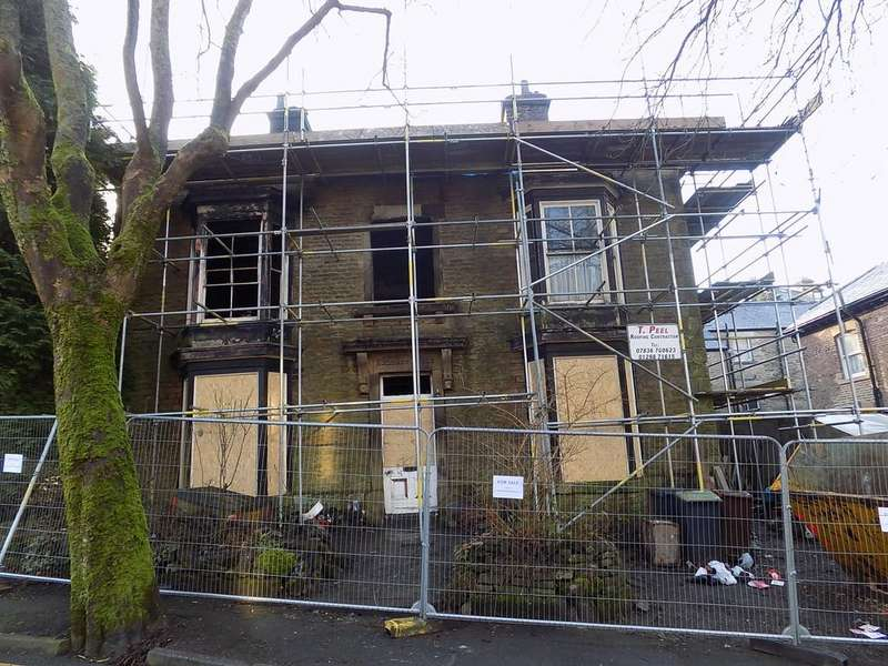 9 Bedrooms Detached House for sale in Hardwick Mount, Buxton
