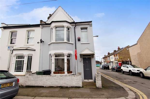 3 Bedrooms End Of Terrace House for sale in Ritchings Avenue, Walthamstow, London