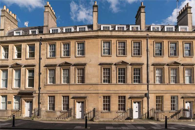 3 Bedrooms Maisonette Flat for sale in Paragon, Bath, Somerset, BA1
