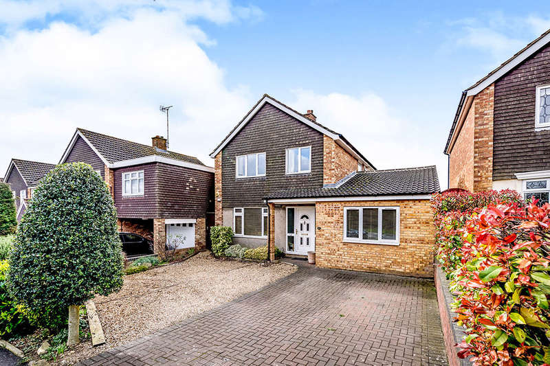 4 Bedrooms Detached House for sale in Stotfold Road, Hitchin, SG4