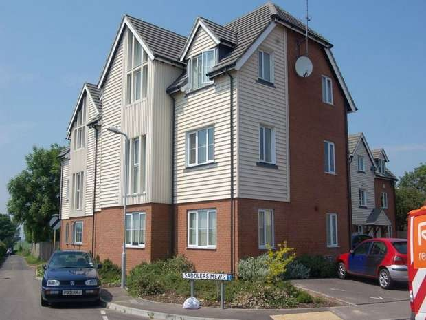2 Bedrooms Flat for sale in Saddlers Mews, Ramsgate, Kent