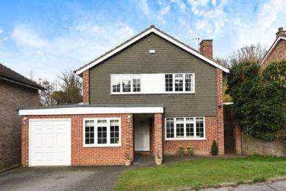 4 Bedrooms Detached House for sale in Bonar Place, Chislehurst