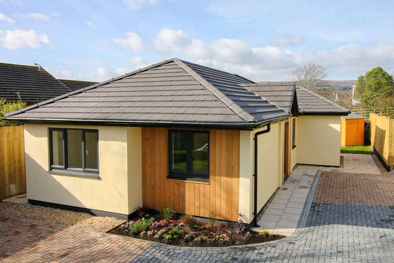 3 Bedrooms Detached Bungalow for sale in Moorhayes, Bovey Tracey