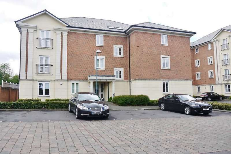 2 Bedrooms Apartment Flat for sale in Brunel Crescent, Ferndale, Swindon, Wiltshire, SN2 1FD