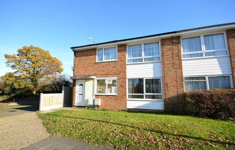 2 Bedrooms Maisonette Flat for sale in Nelson Gardens, Braintree, Essex, CM7