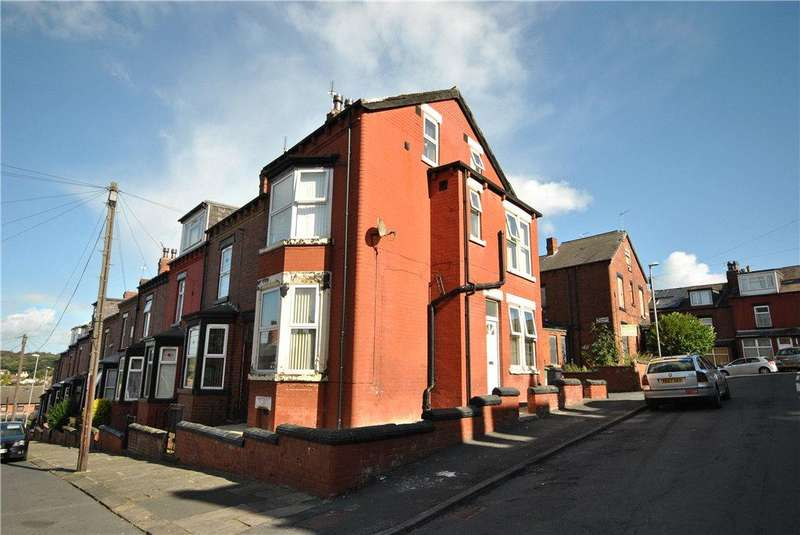 4 Bedrooms Terraced House for sale in Dorset Avenue, Harehills, Leeds