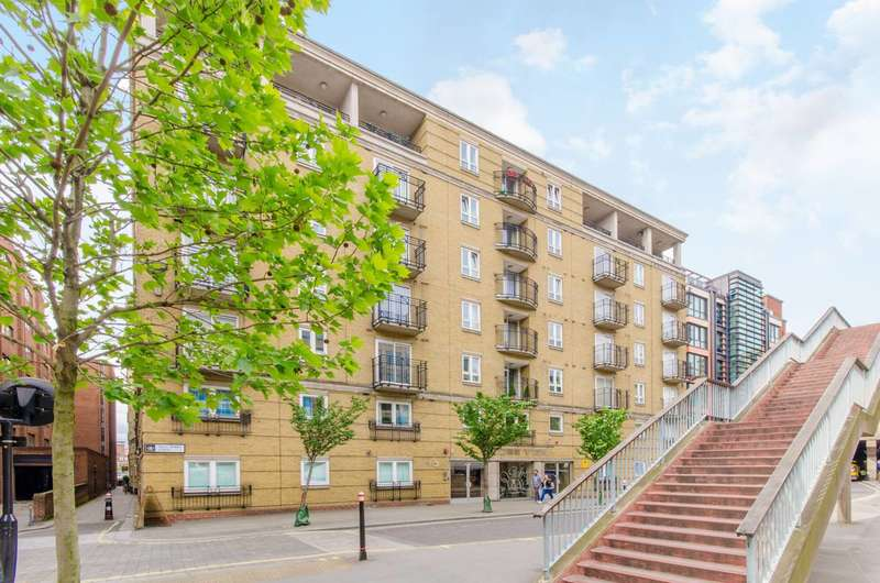 2 Bedrooms Flat for sale in High Timber Street, Blackfriars, EC4V