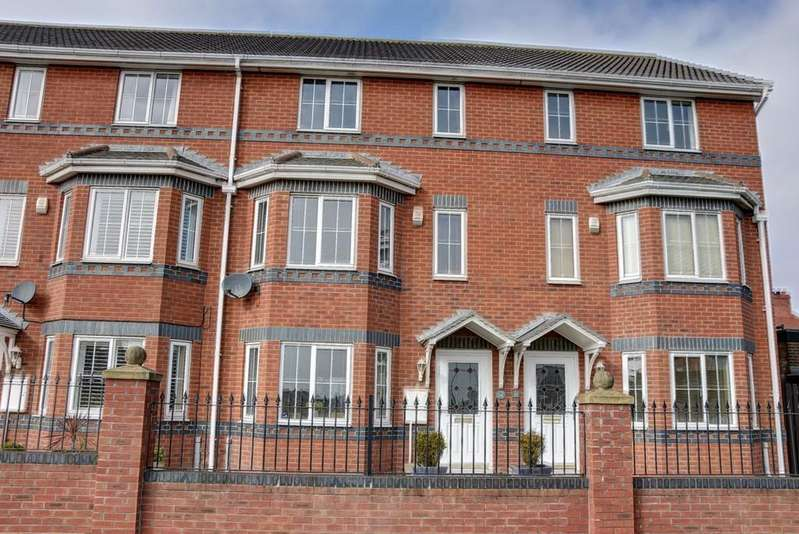3 Bedrooms Town House for sale in Ashdale Court, Roker