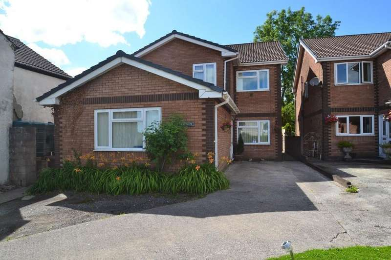 5 Bedrooms Detached House for sale in Llys Celyn, Hight Street, Heol-Y-Cyw, Bridgend, Bridgend County Borough, CF35 6HY
