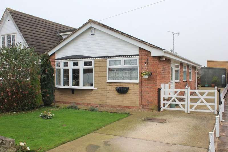 3 Bedrooms Detached Bungalow for sale in 11, Ridgeway, Clowne