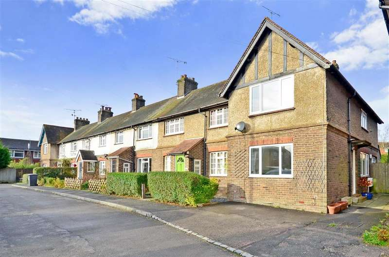 3 Bedrooms End Of Terrace House for sale in Victoria Road, Crowborough, East Sussex