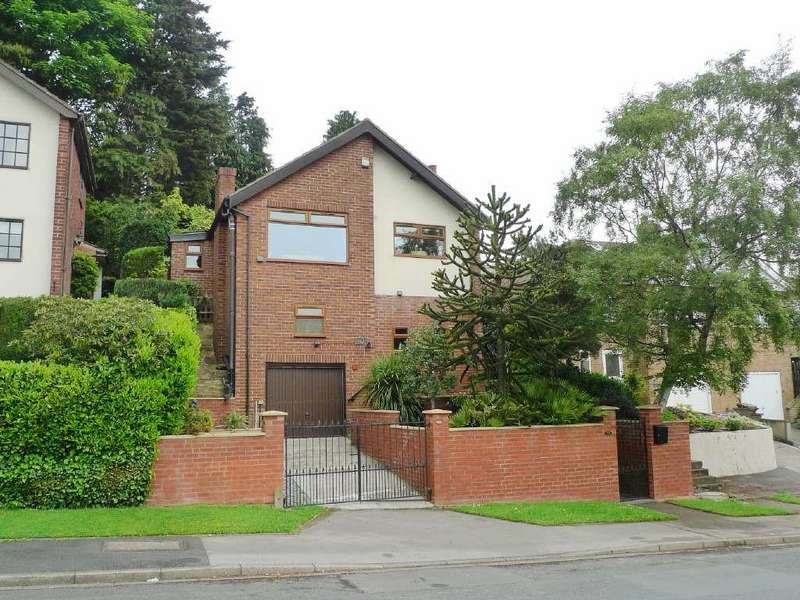 4 Bedrooms Detached House for sale in Priesthorpe Road, Farsley, Pudsey, West Yorkshire
