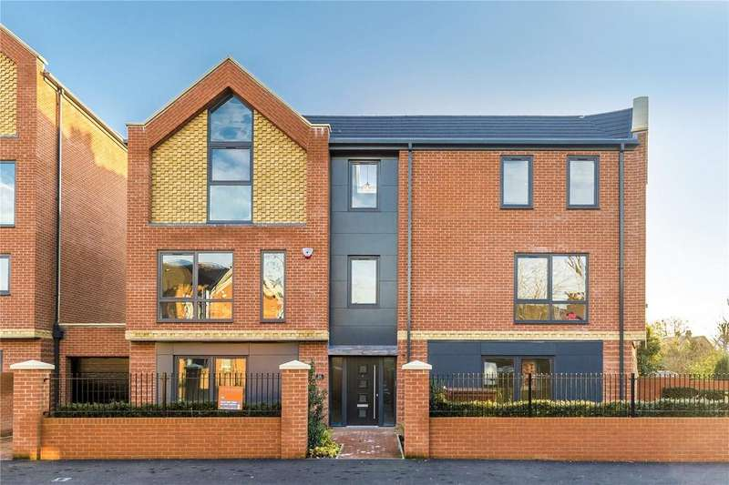 5 Bedrooms Detached House for sale in Oak Grove, Shaa Road, Acton, London, W3