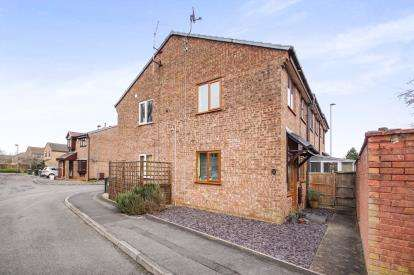 1 Bedroom End Of Terrace House for sale in Sutherland Avenue, Yate, Bristol, Gloucestershire