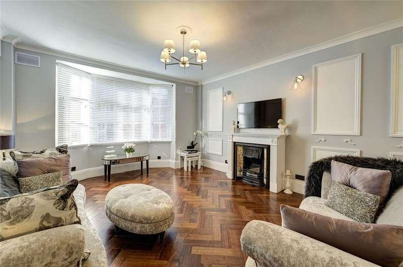 2 Bedrooms Flat for sale in Rossetti House, 106-110 Hallam Street, Fitzrovia, London, W1W