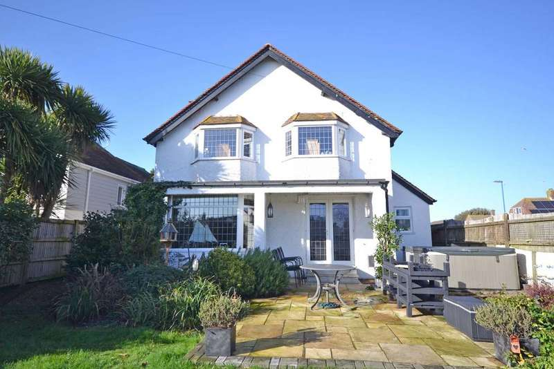 4 Bedrooms Detached House for sale in Grafton Road, Selsey, PO20
