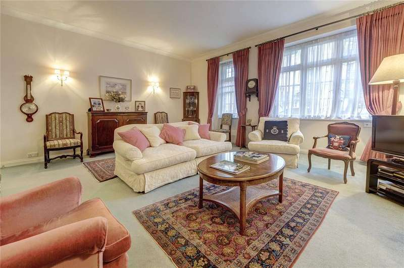 2 Bedrooms Apartment Flat for sale in Eresby House, Rutland Gate, London, SW7