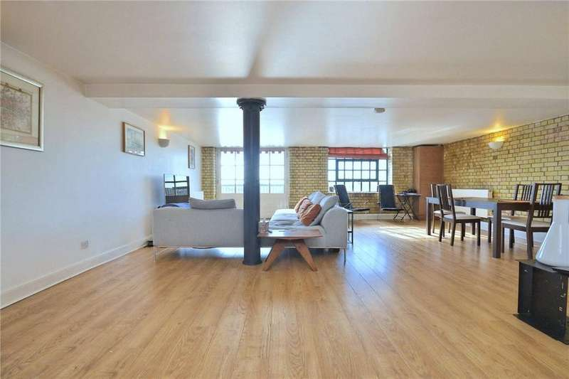 2 Bedrooms Flat for sale in Merchant Court, 61 Wapping Wall, Wapping, London, E1W