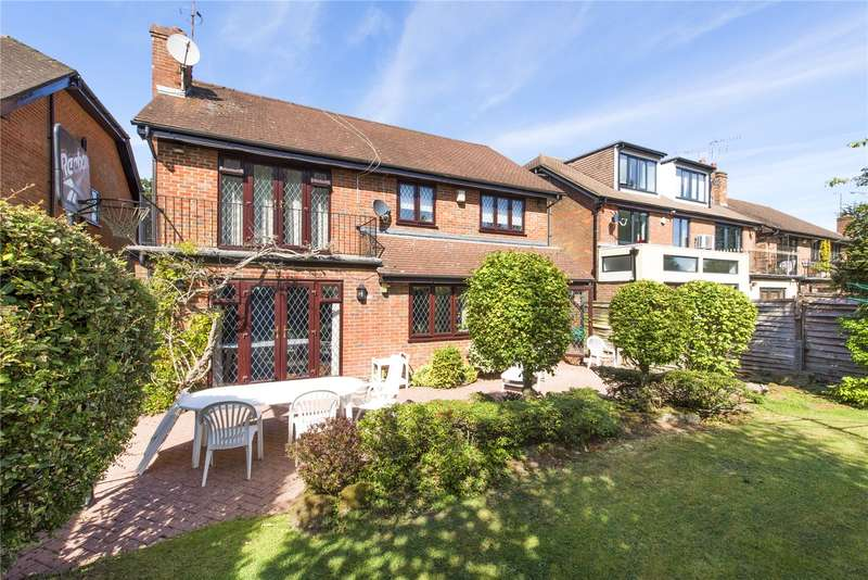 5 Bedrooms Detached House for sale in Georgian Close, Stanmore, Middlesex, HA7