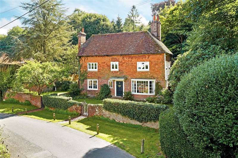 4 Bedrooms Detached House for sale in Maresfield, Uckfield, East Sussex, TN22