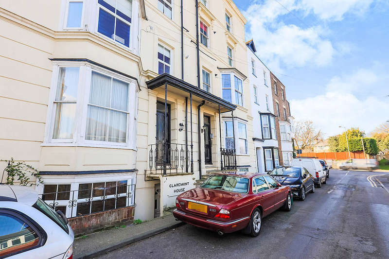 1 Bedroom Flat for sale in Walmer Castle Road, Walmer, Deal, CT14