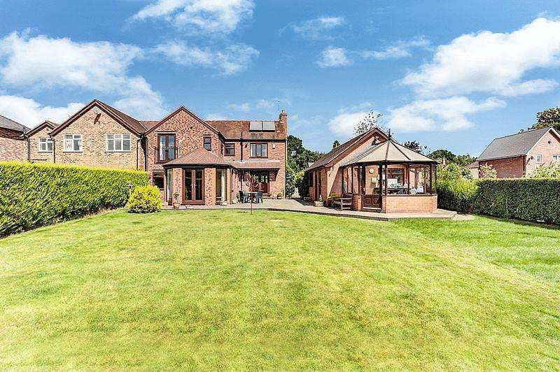 4 Bedrooms Semi Detached House for sale in Holmes Chapel Road, Somerford