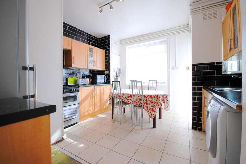 4 Bedrooms Flat for sale in Queens Row SE17