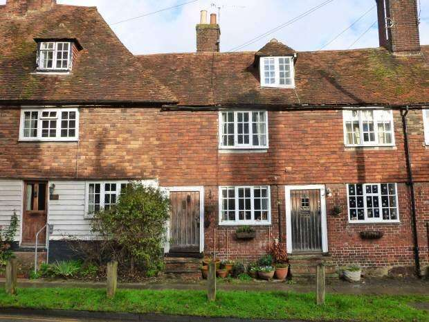 2 Bedrooms Cottage House for sale in The Hill, Cranbrook, Kent TN17 3AJ