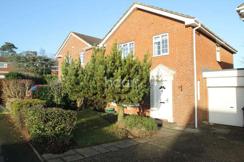 4 Bedrooms Detached House for sale in Selborne Close Petersfield Hampshire