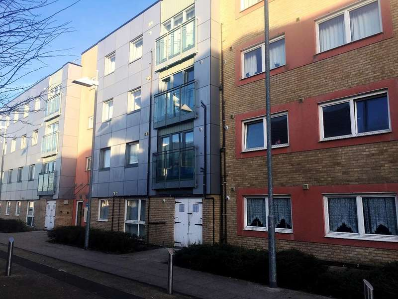 2 Bedrooms Flat for sale in Cray View Close Orpington BR5