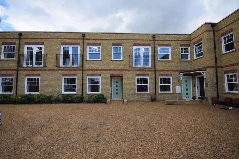 2 Bedrooms Maisonette Flat for sale in Viscount Mews Chislehurst BR7