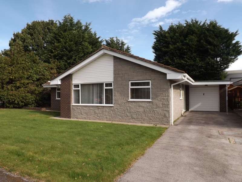 3 Bedrooms Detached Bungalow for sale in Ingleton Close, Holmes Chapel, CW4